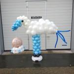 Ballonnen ooievaar met baby